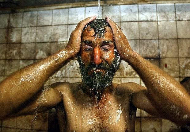 72501300 Shower